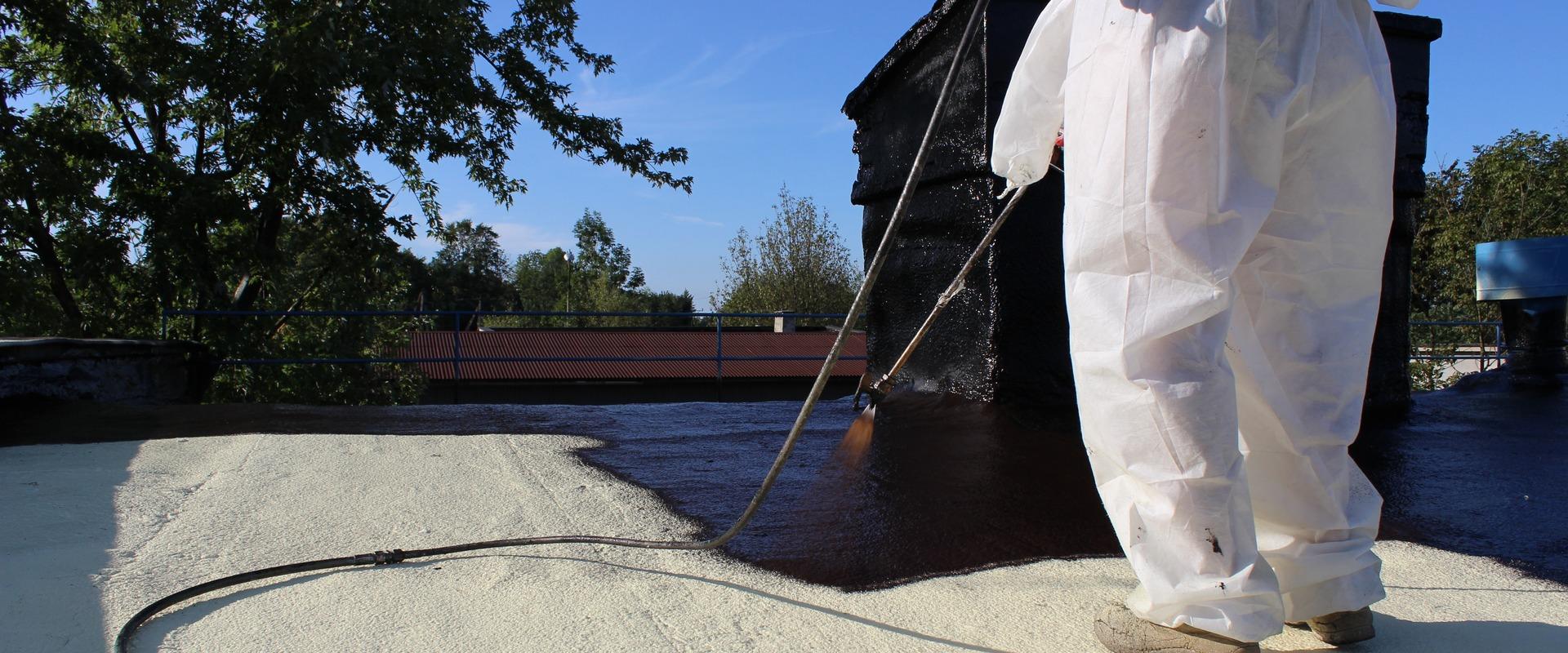Guma w płynie na dach z papy