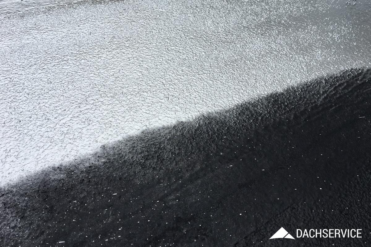 Izolacja dachu gumą w płynie